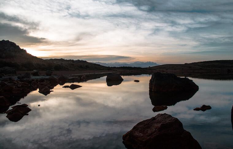 A morning view of the Antacocha lake